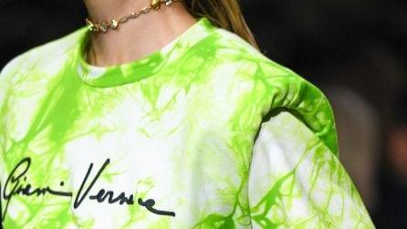 Tie dye: colori e disegni psichedelici per l'estate 2020