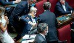 Sgarbi espulso dalla Camera: trascinato via a forza