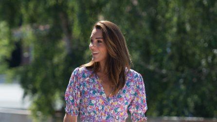 Kate Middleton segue il trend degli abiti floreali