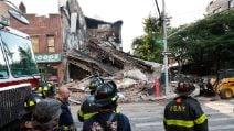 New York, edificio di 3 piani crolla a Brooklyn