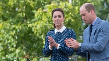 "L'abito col colletto ""da collegiale"" di Kate Middleton"