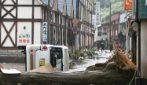 Alluvione in Giappone: forti piogge, allagamenti e frane