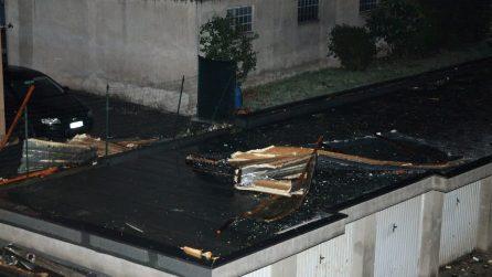 I danni del maltempo a Cossato: alberi sradicati e tetti scoperchiati