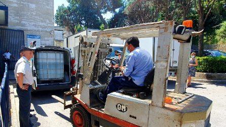 Napoli, donati al Policlinico mille litri di alcol sequestrato: servirà per igienizzanti