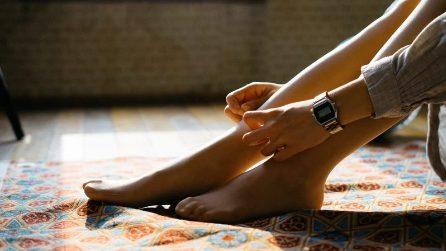 Gambe pesanti: 10 prodotti per combattere il gonfiore di piedi e caviglie
