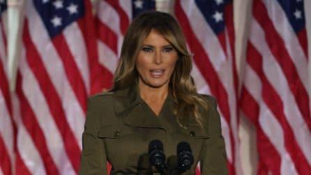 Melania Trump, il look militare per il discorso dalla Casa Bianca