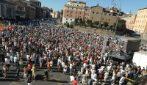 Roma, la manifestazione dei negazionisti del Covid