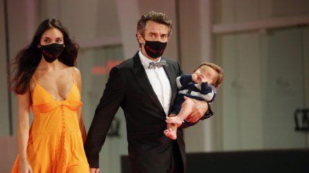 Le foto di Alessio Boni, Nina Verdelli e il figlio Lorenzo a Venezia 2020