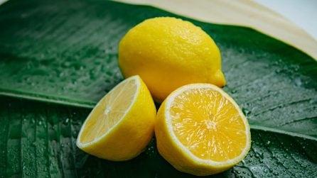 Rimedi naturali: 5 ingredienti da evitare sul viso