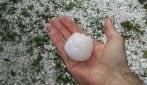 Pezzi di ghiaccio come palline da tennis: la maxi grandinata a Vicenza