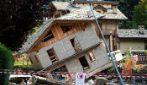 Maltempo in Piemonte: le immagini devastanti di case crollate e sprofondate