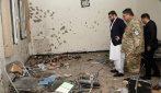 Strage di studenti a Kabul: uomini armati sparano nel campus universitario, almeno 10 ragazzi morti