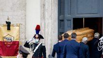 Le foto dei funerali di Gigi Proietti