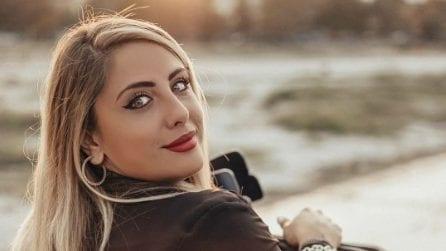 Benedetta De Luca: sui social la modella disabile racconta la carrozzina con ironia