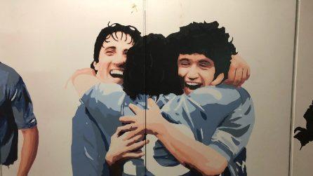 """I murales di Maradona nella stazione Cumana """"Mostra"""" a Fuorigrotta"""