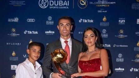 Il look rosso di Georgina Rodriguez ai Globe Soccer Awards 2020