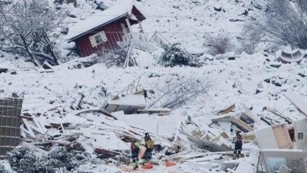Norvegia, si cercano ancora dispersi dopo la frana