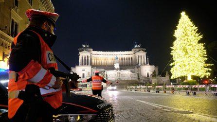 Roma in lockdown per il Capodanno 2021 tra fuochi d'artificio e controlli