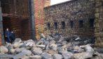 Castel dell'Ovo, gravi danni causati dalla mareggiata. Crolli anche all'interno