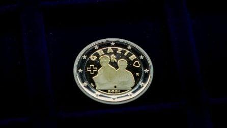 Moneta da 2 euro speciale, dedicata alle professioni sanitarie che lottano contro il Coronavirus