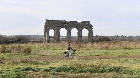 Roma, le rovine del Parco degli Acquedotti dell'Appia antica