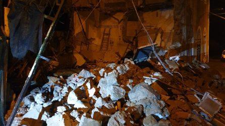 Crollato nella notte lo stabilimento Termale La Rita di Casamicciola ad Ischia