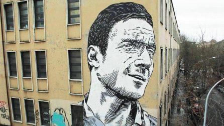 Il murale di Francesco Totti a Porta Metronia