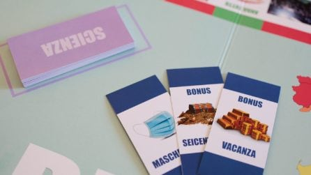 Un gioco da tavola sui Dpcm di Conte: tabellone e cartelle con regole ed obiettivi