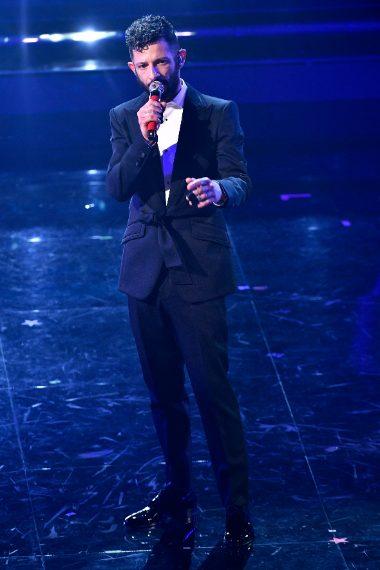 Totla black per il cantante a Sanremo