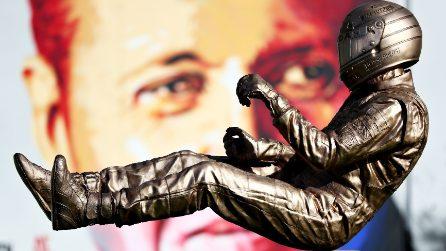 Gli omaggi ad Ayrton Senna, campione indimenticato