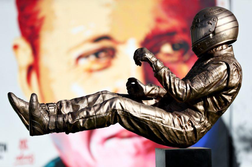La statua tributo di Ayrton Senna dell'artista Paul Oz, collocata nel paddock prima delle prove per il Gran Premio di Spagna F1 al Circuit de Barcelona-Catalunya, il 10 maggio 2019