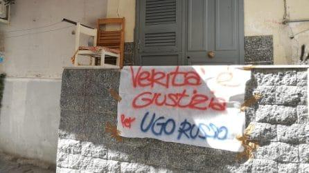 """""""Verità e giustizia per Ugo Russo"""". Lenzuola in giro per Napoli per il ragazzo ucciso un anno fa"""