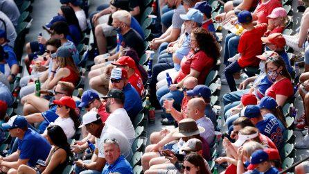 Stadi di nuovo pieni: negli USA si allentano le restrizioni