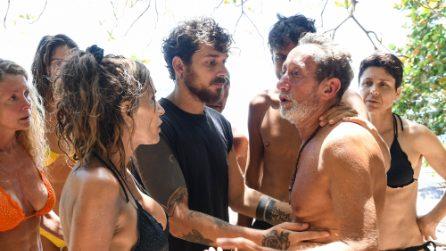 Beppe Braida in lacrime si ritira dall'Isola dei Famosi 2021