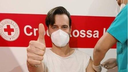 Giulio Berruti risponde alle critiche sul vaccino nelle stories di Instagram