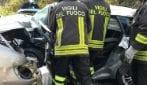 Paliano, scontro frontale tra due auto: un morto ed un ferito estratti dalle lamiere