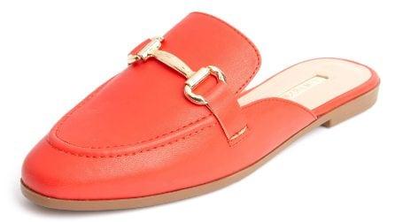 Scarpe e sandali bassi, 5 modelli di tendenza per la Primavera/Estate 2021