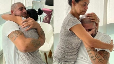 Adriano scoppia in lacrime tra le braccia della madre: entrerà nella Walk of Fame del Maracanã