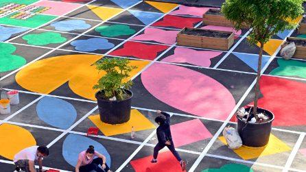 Colorata, ludica e verde: questa è la nuova Piazza Aperta di Quarto Oggiaro a Milano