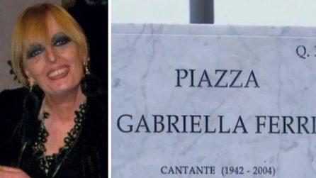 Roma, inaugurazione della piazza dedicata alla cantante Gabriella Ferri