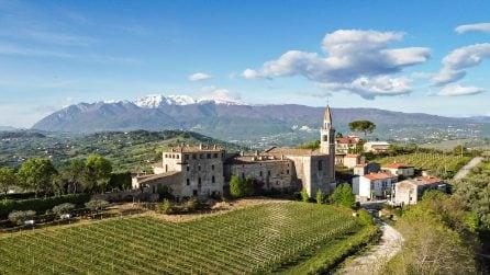 L'arte di Job Smeets al Castello di Semivicoli in Abruzzo