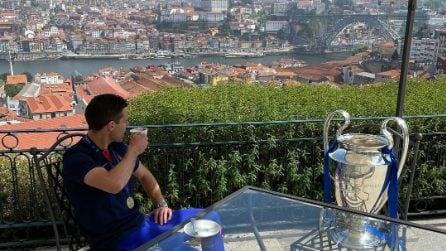 Azpilicueta si siede a colazione con la Champions