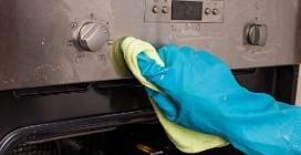 Come rimuovere gli aloni dalle manopole del forno
