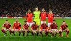 La curiosa foto asimmetrica del Galles prima delle partite