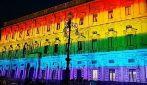 Milano, palazzo Marino illuminato con i colori arcobaleno per il Pride