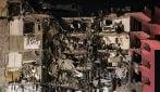 Crolla un palazzo di 12 piani a Miami, le immagini del disastro
