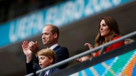 Inghilterra-Germania 2-0: le foto sugli spalti del principe William, Kate e il piccolo George