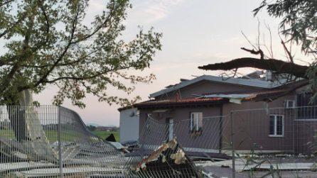 Maltempo, tromba d'aria nel Vercellese: il governatore Cirio chiede lo stato d'emergenza
