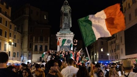Italia campione d'Europa. Le immagini della festa a Roma