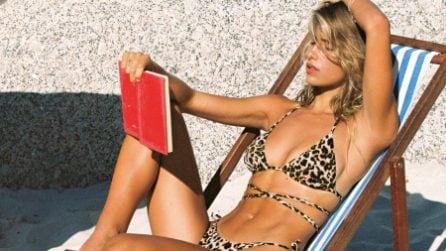 Bikini incrociati, la tendenza dell'estate 2021